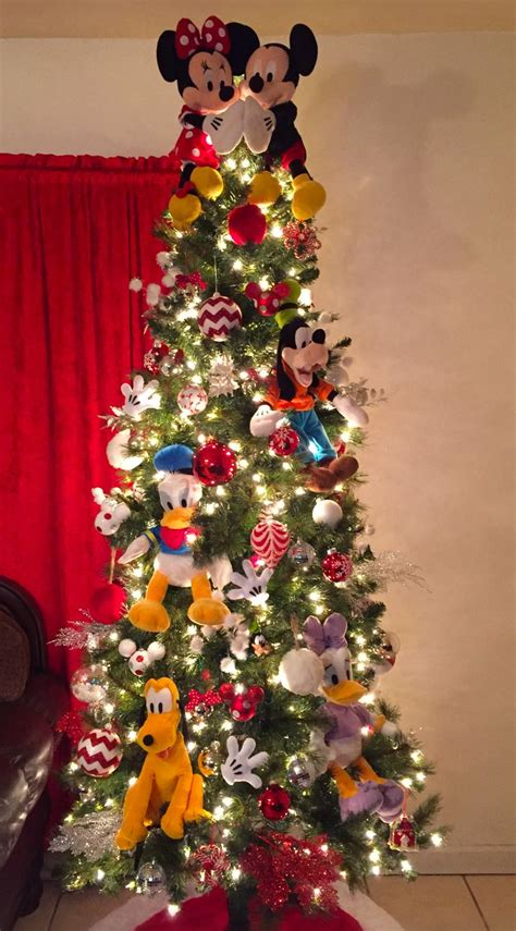 disney christmas tree ideas best 25 mickey mouse tree ideas on disney decorations disney