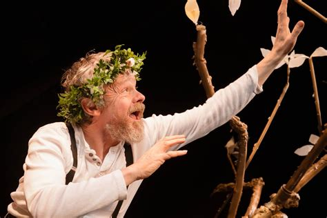 king lear main themes the shakespeare sessions king lear lime tree theatre