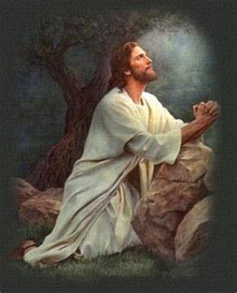 imagenes jesucristo orando la oraci 243 n nos une a cristo encuentra com