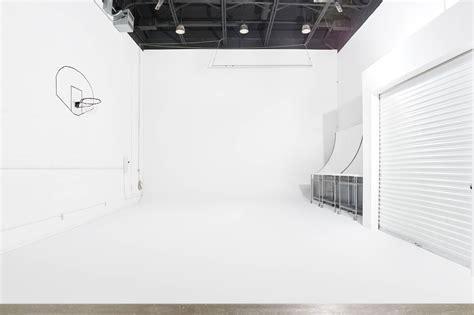 rent studio lighting the top 10 rental photography studios in toronto