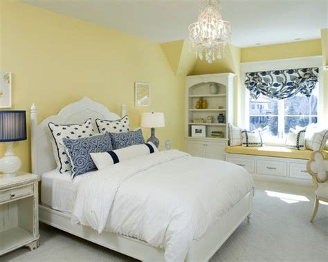Blue Yellow Bedroom Ideas by 25 Best Ideas About Pale Yellow Bedrooms On