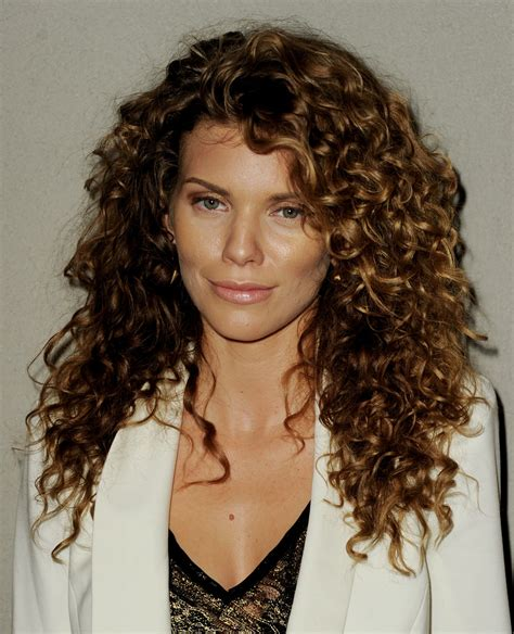 natural curly haircuts and styles styling naturally curly hair bakuland women man