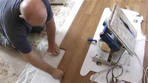 come mettere il pavimento parquet da mettere sopra il pavimento