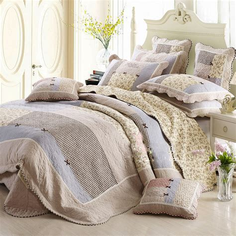 Quilts Wholesale by Buy Wholesale Cotton Quilt Bedding From China