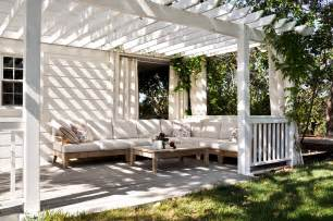 Outdoor Living by Modern Outdoor Living