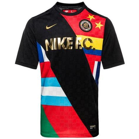 Tshirt Nike F C Black nike f c t shirt black white www