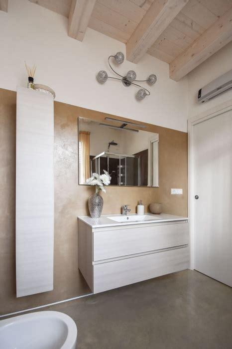 pavimenti e rivestimenti per bagni moderni rivestimento bagno moderno per pavimenti e rivestimenti