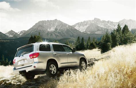 Toyota Sequoia Road 2016 Toyota Sequoia Specs And Features