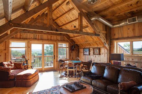 loft living   nebraska barn home traditional living