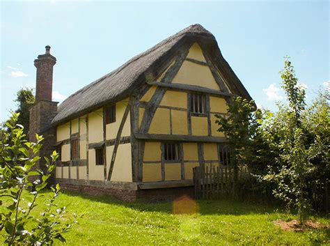 Restored Barns Hacton Cruck Medieval Hall Herefordshire Holiday Cottage