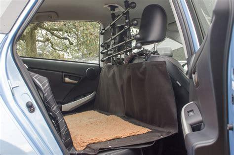 Hund Im Auto Transportieren by Autourlaub Mit Hund Die Ultimative Checkliste