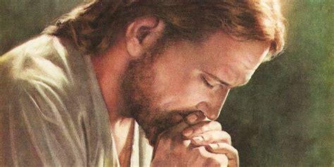 imagenes de jesus haciendo el bien yendo un poco adelante transforma el mundo