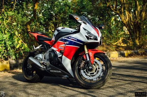 honda cbr bikes in india cycle review 2015 honda cbr 1000 repsol