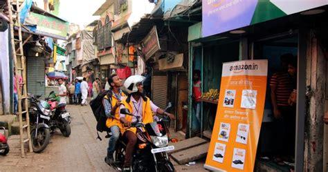 amazon launches  hindi site  lure indias   million  shoppers