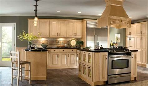Kitchen Paint Ideas With Light Wood Cabinets 7 Inspiring Kitchen Remodeling Ideas Get Average Remodel Cost Per Square Foot