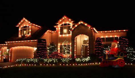 christmas lights on houses
