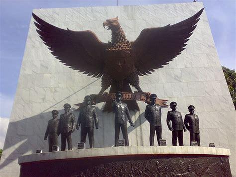Pancasila Sebagai Kekuatan Pembebas menyambut hari kesaktian pancasila 1 juni 2011 andai ku