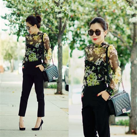 Blouse Chanel Flowers hallie s chanel bag cropped erdem flower blouse