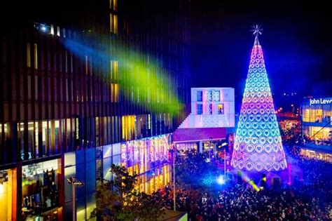 what time is liverpool one s christmas lights switch on