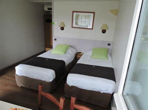 chambre lit jumeaux chambre lits jumeaux standard photo de canile auch