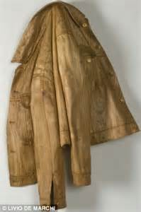 incredible home       wood   food   clothes
