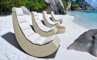 Cool Patio Chairs A Cool Outdoor Lounge Chair For Small Spaces