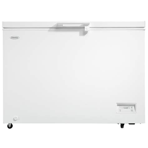 Home Freezer ge 10 6 cu ft chest freezer in white fcm11phww the