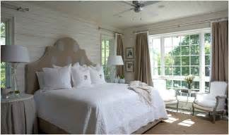Images Of Barn Houses Tracery Interiors Lake House Alabama Bedroom Hooked On
