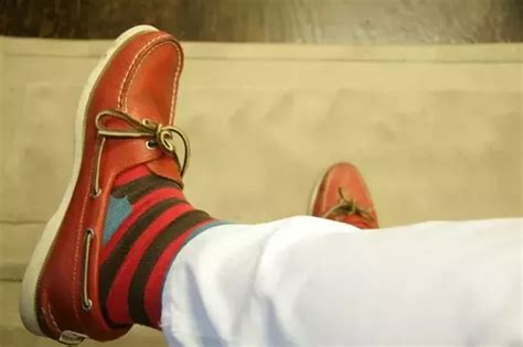 boat shoes quora can i wear socks with boat shoes quora