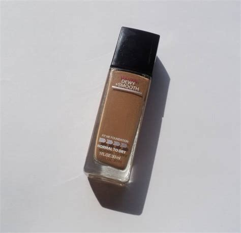 Maybelline Fit Me Dewy maybelline fit me dewy smooth foundation review
