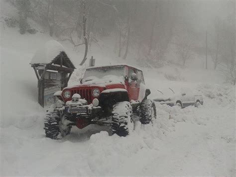 jeep wrangler snow offroad stuff jeep wrangler and the snow roc s jeeps
