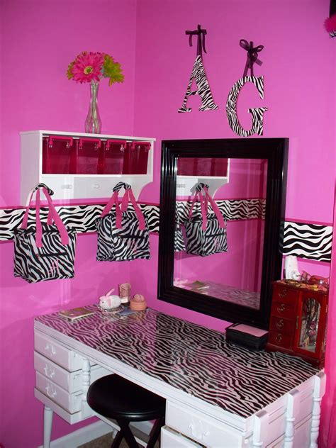 pink and zebra bedroom ideas mommy lou who hot pink zebra room