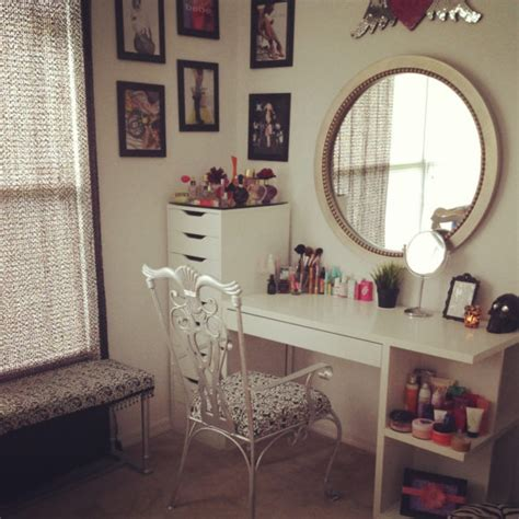 Vanity Shelves Bedroom by Furniture Beautiful Collection Of Bedroom Vanities With