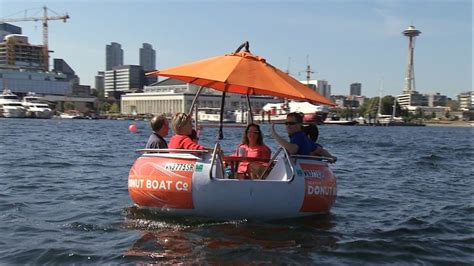 lake union boat tour seattle donut boats are new and adorable way to tour lake