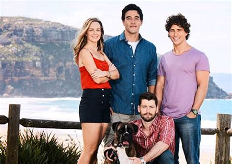 extras needed for home and away shoot in maitland photos