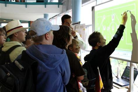 interaktive tafel m 228 dchen technik kongress und tag der technik rostock heute