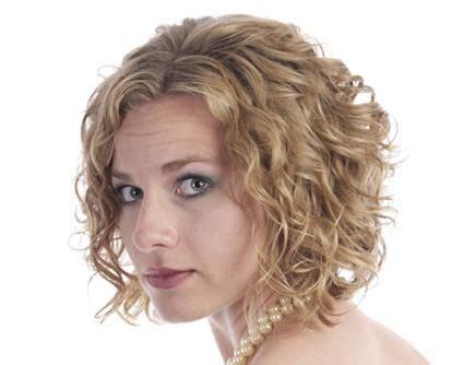 loose bodywaves short hair body wave style of perm short hairstyle body wave and