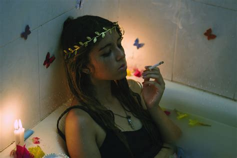 how to smoke in a bathroom how to smoke a cigarette in the bathroom 28 images