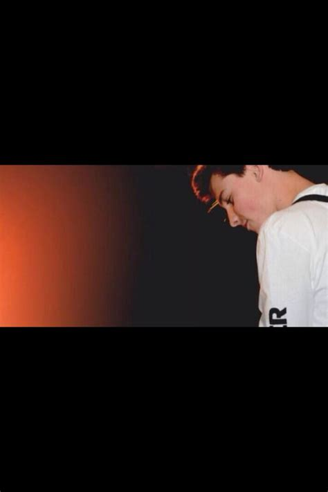 layout twitter shawn mendes shawn mendes twitter header headers and backgrounds