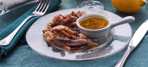 cucinare filetti di trota ricetta filetti di trota alla salsa speziata