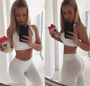 chelsea peretti yoga tammy hembrow accused of photoshopping her post baby
