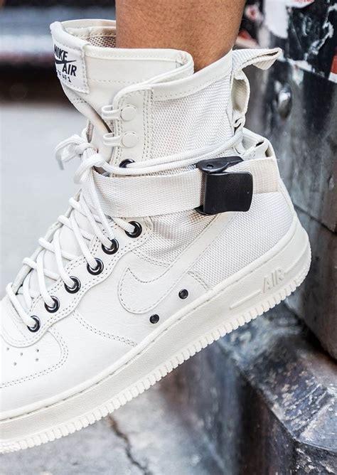 Menarik Big Sale Sepatu Kets Sport Runing Adidas Terrex Boost nike w special field af1 style nike sneakers and http www