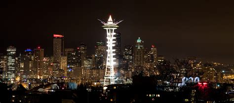 new years events in seattle new year s fireworks from the space needle at the
