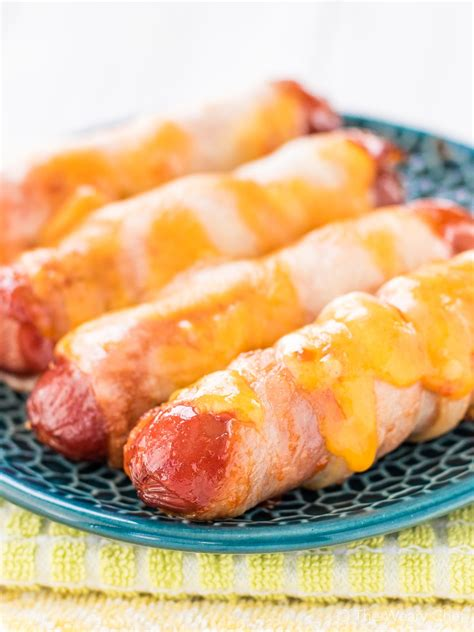 how to make bacon wrapped dogs how to make bacon wrapped dogs bbq how to
