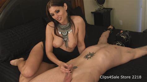 Obey Melanie Close Cum Female Domination World