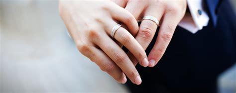 Berapa Obat Ibuprofen berapa jarak usia pasangan yang ideal agar pernikahan