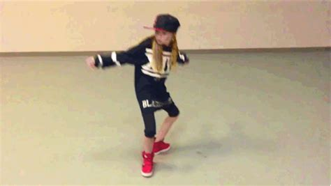 dance tutorial for beginners freestyle this 10 year old dancer will blow your mind what the flicka