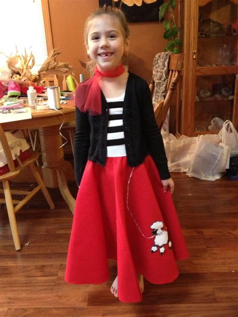 diy sock hop skirt diy poodle skirt made for my niece for 50 s day at school my baking crafts and nails
