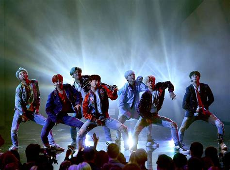 bts ama bts brings down the house with history making 2017