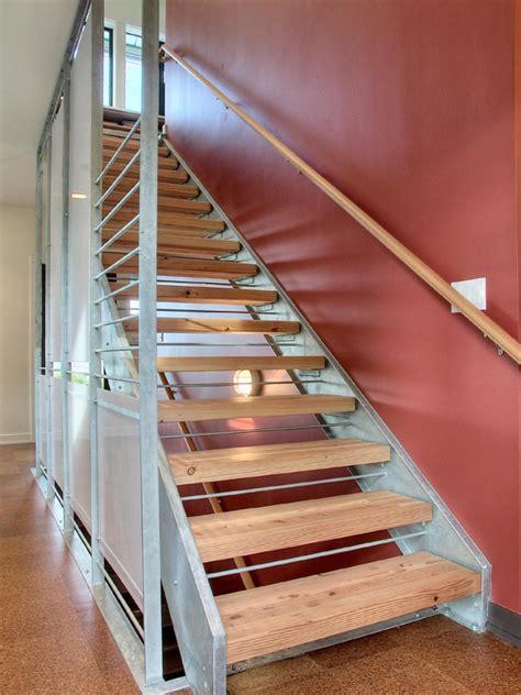 Bungalow Designs treppenhaus renovieren 63 ideen zum neuen streichen